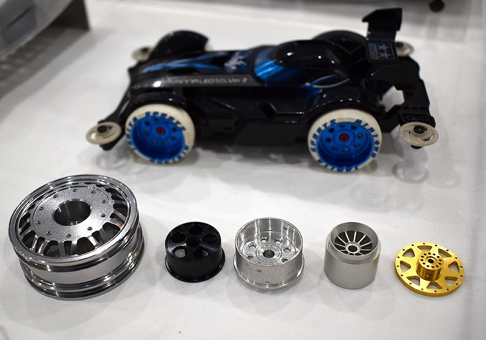 タイヤホイールの金属加工品。見た目の美しさも重要です。